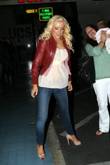 Christina Aguilera celebrity style