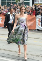 Keira_Knightley_Mary_Katrantzou_Resort-2014