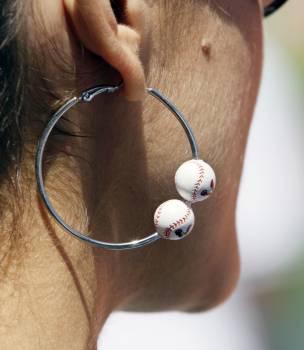 Alyssa Milano fashion earrings